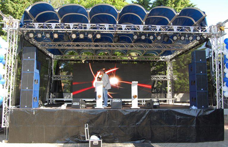 Open-Air Bühne
